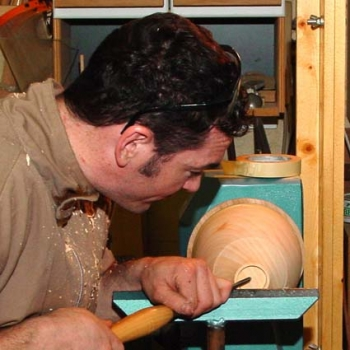 Shaping the bottom of the bowl
