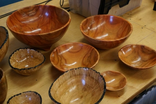 Two sets of nesting bowls made with the Oneway system