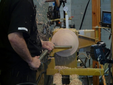 Forming the back of the smaller form in Maple using faceplate mount