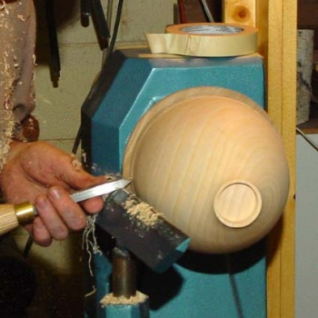 Using a bedan beading tool as a negative rake scraper for the top edge