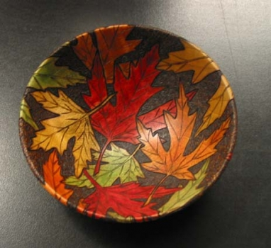 Another example she brought showing random leaf pattern. Note how the leaves wrap around the edges to the outside.