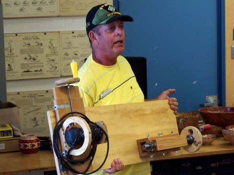 Don P.  with 1x12 screw cutting jig