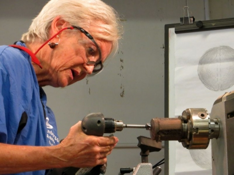 Drilling off-center hole in disk with Forstner bit